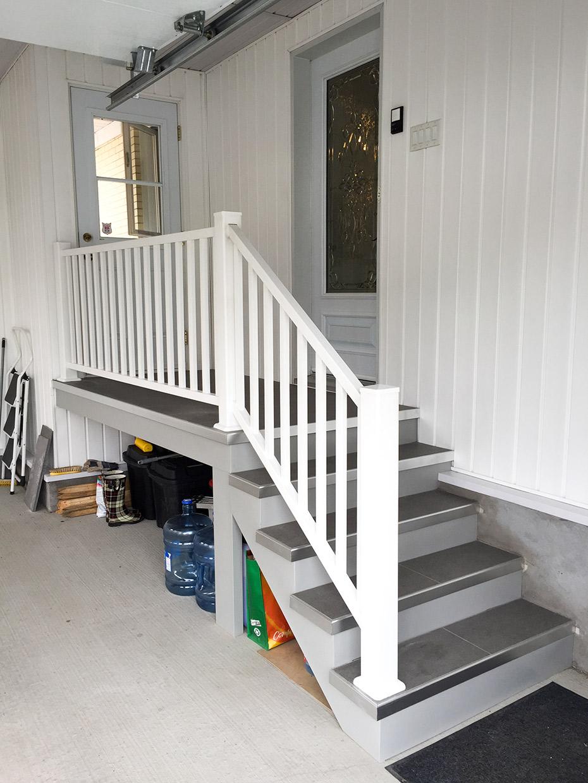 escalier en ceramique. Black Bedroom Furniture Sets. Home Design Ideas
